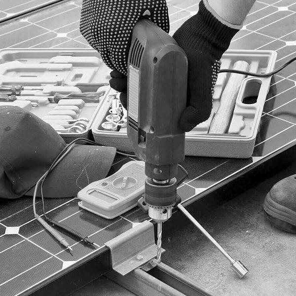 elbmonteure-Service-zeitarbeit-personalvermittlung-heizung-sanitaer-elektro-klima-lueftung-telefon-inner-maschinen-bw